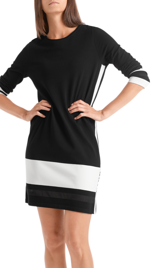 Kleid Knitted in Germany